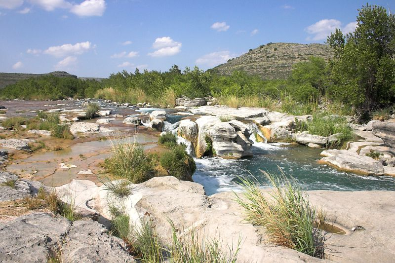 The Devil's River in West Texas is a surprising oasis in an otherwise dry, dusty landscape.